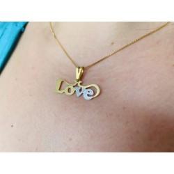 Colar com Pingente Love com...