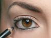 como-aumentar-ou-diminuir-os-olhos-com-maquiagem-11