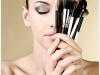 como-fazer-maquiagem-com-poucos-produtos-3