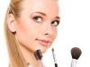 como-fazer-maquiagem-com-poucos-produtos-8