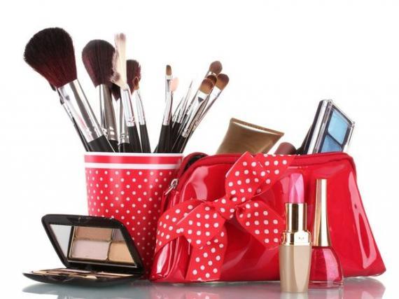 Itens De Maquiagem: Saiba O Que Comprar Primeiro